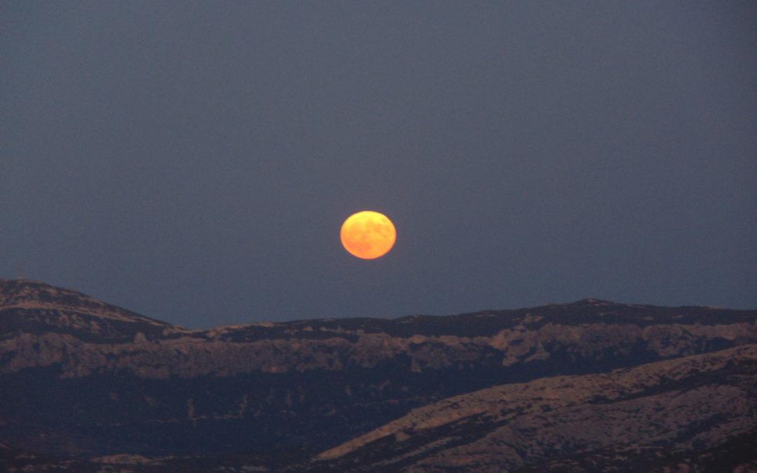 Etimologia della parola Luna
